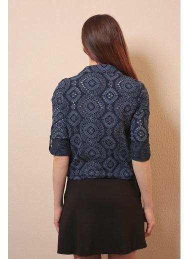 Reyon Dantelli Çift Cep Kadın Gömlek Açık Mavi Lacivert